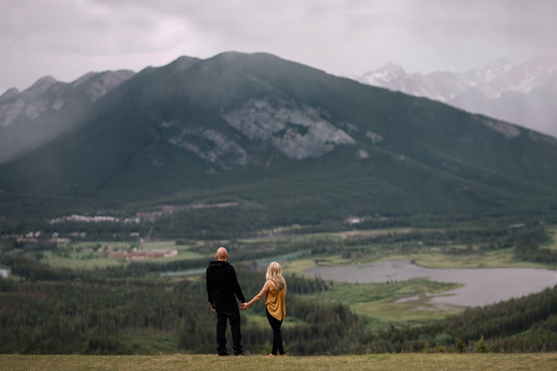 023-joannabrandon-banff-engagement