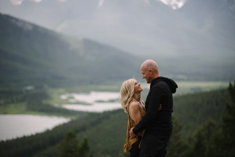 027-joannabrandon-banff-engagement